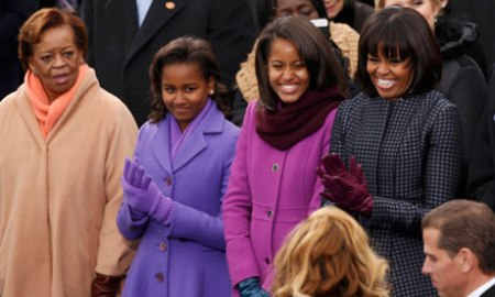 Michelle Obama with daughters and mother