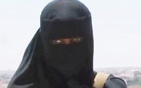 Female Extremism 05