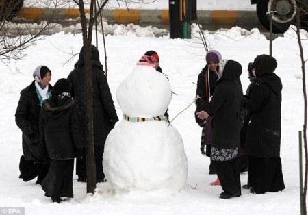 Snowmen 07