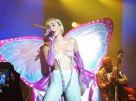 Miley Cyrus Porn 02