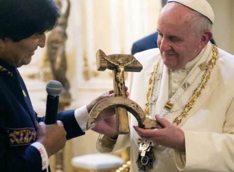 _Communist Pope Francis 04