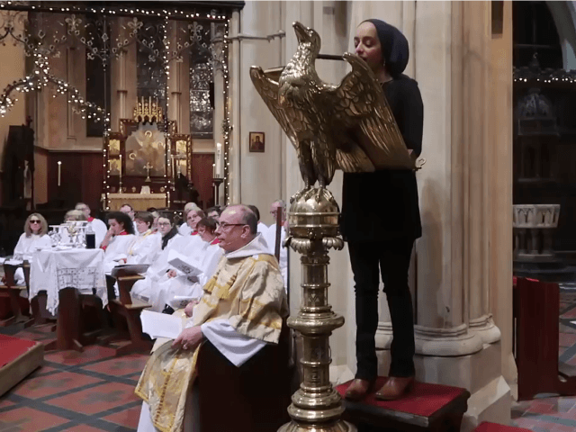 cathedral-koran-reading-00